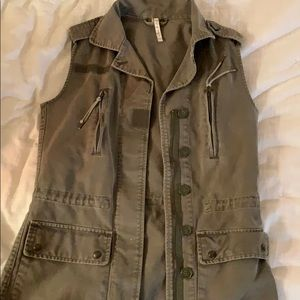 Willow & Clay Green Army Vest